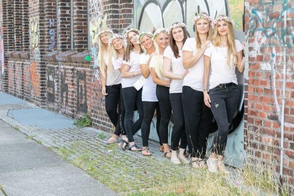 Gruppenbild-JGA in Dortmund-Fotostudio Keepsmile