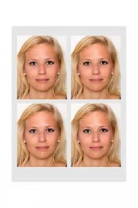 Biometische Passbilder kosten 12,-€ - Biometric passport photos cost 12,-€